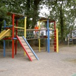 Pyrenees jeux enfants camping