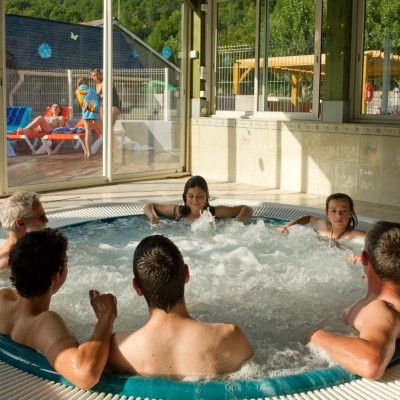 Camping piscine Pyrénées