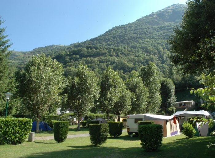 Midi-Pyrenees camping emplacements